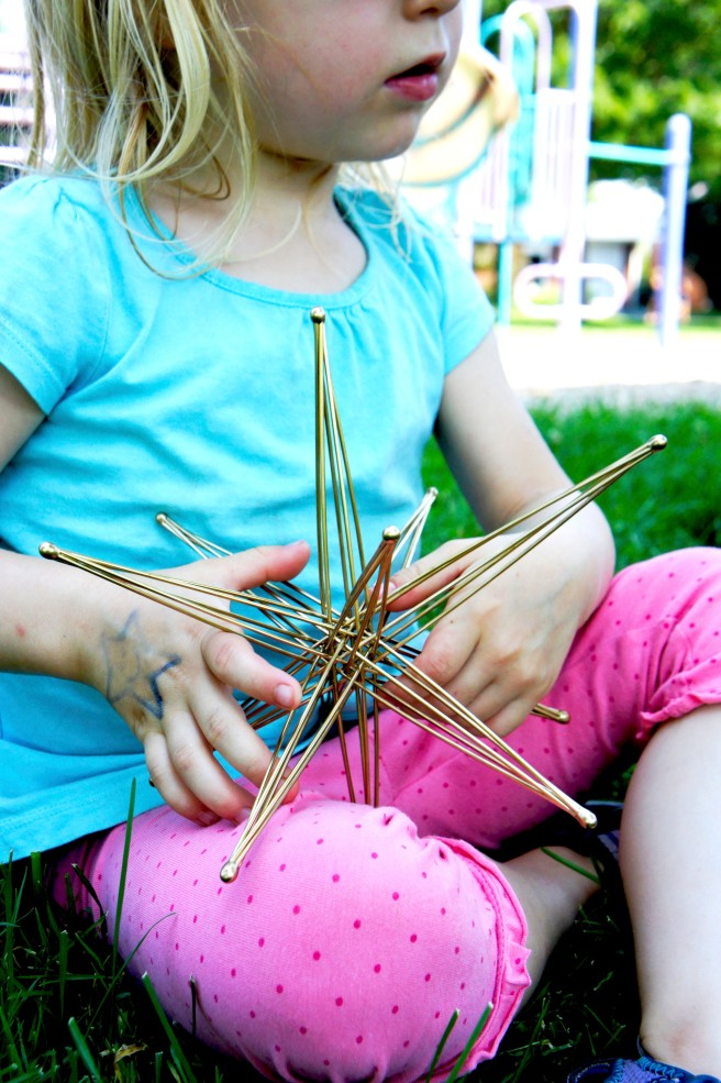 KO Sticks :: Collapsible Star Review :: $24-170 :: as featured on Gifts with Bows #giftswithbows #GWB #kosticks